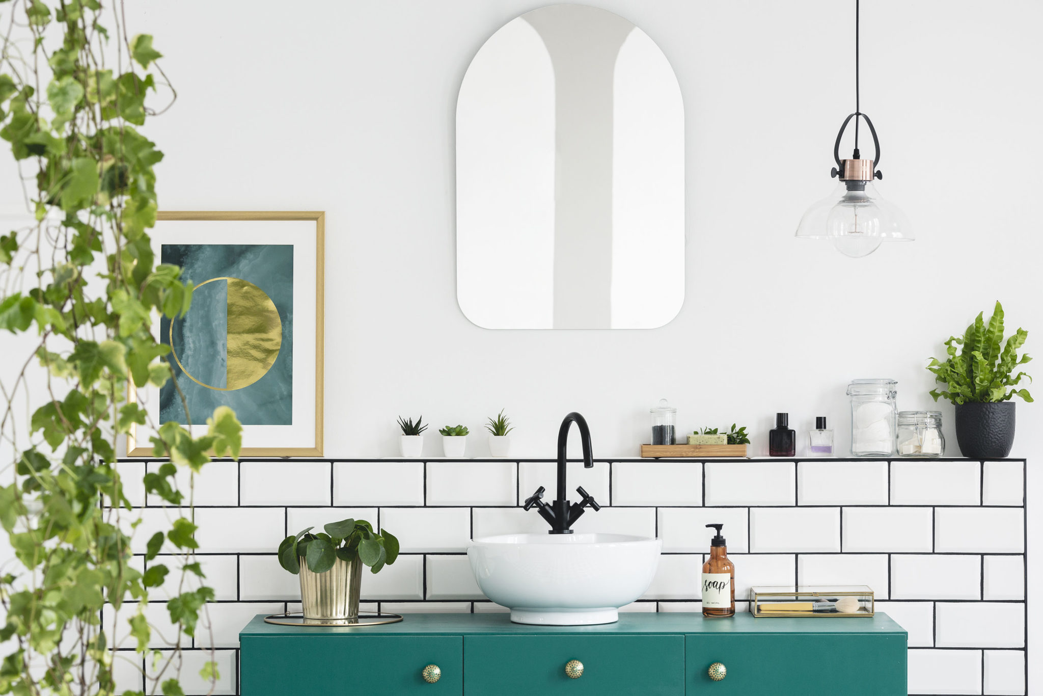 How to bring the outside into your bathroom