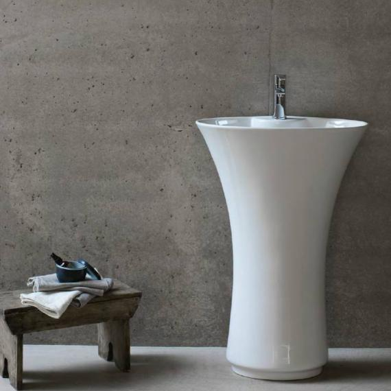 Britton Curve Freestanding Basin With Pedestal
