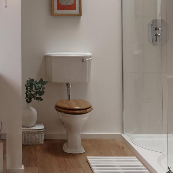 Imperial Oxford Pan and Low Level Cistern