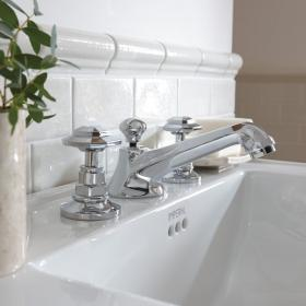 Imperial Niveau 3 Hole Basin Mixer