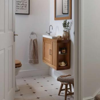 Imperial Carlyon Thurlestone Offset Cloak Vanity Unit & Basin